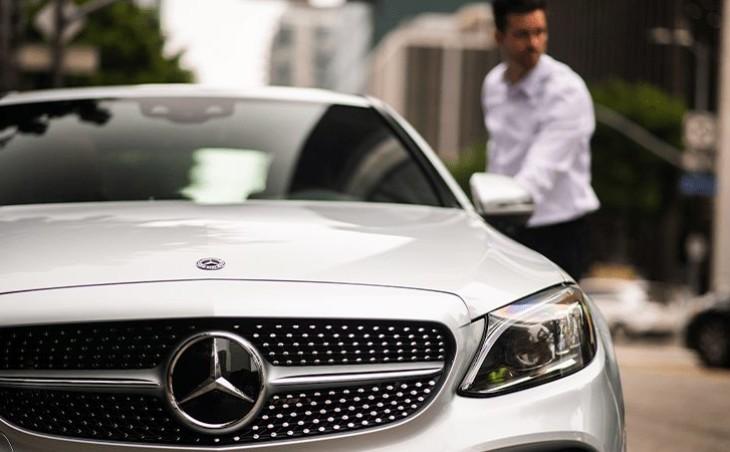 Покупка люксового авто Mercedes-Benz в лизинг – есть ли выгода?