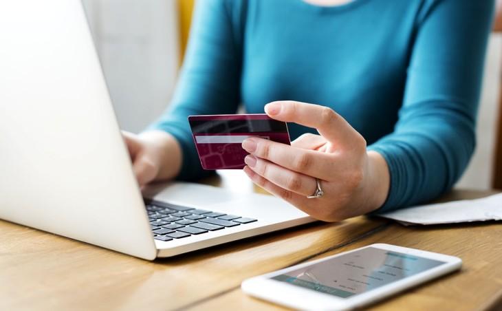 Где можно получить кредит наличными быстро и как не попасть впросак?